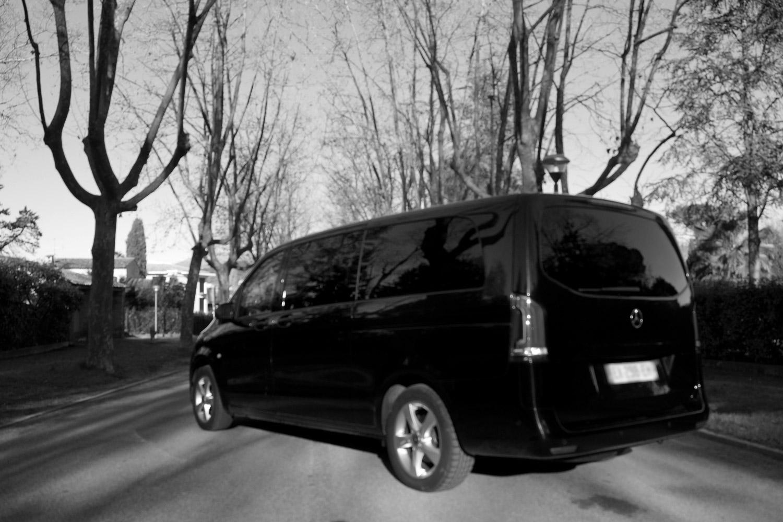 Mercedes Vito Tourer noir et blanc